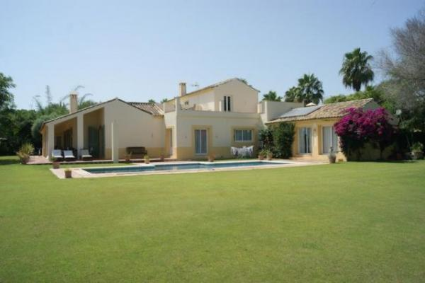 Villa in Comillas