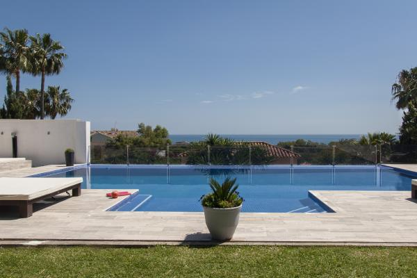 8 Bedroom Versace Villa in Elviria